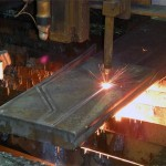 2009-06-03-steel-parallel-flame-cut-by-oxy-fuel-burn-table-Steel-Craft-Technologies
